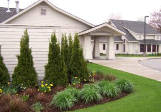 100 6178 330x230 - Poppen Hospice Residence